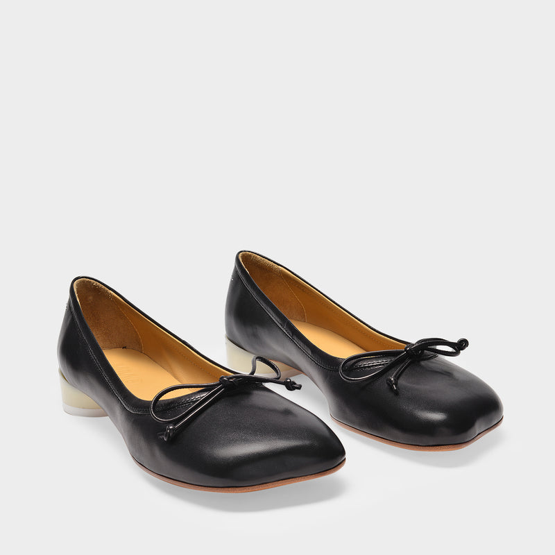 Ballerina Shoes in Black Smooth Leather