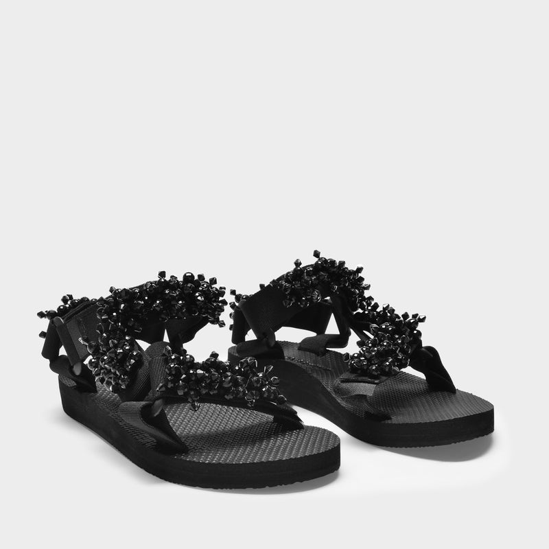 Trekky Pearl Sandals in Black Polyester