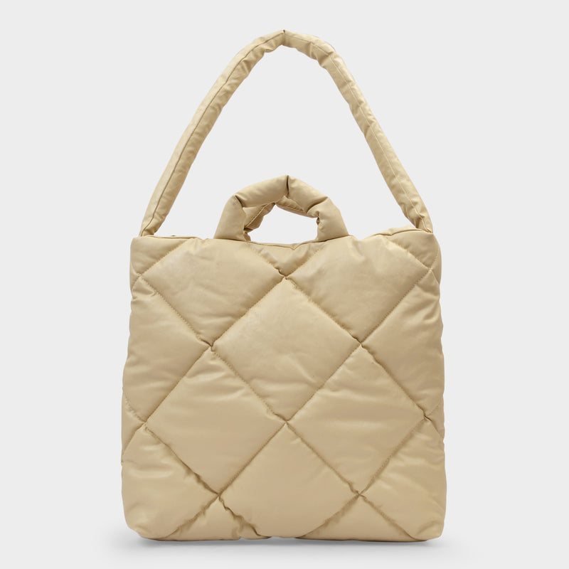 Medium Oil Quilted Bag in Beige Synthetic Leather