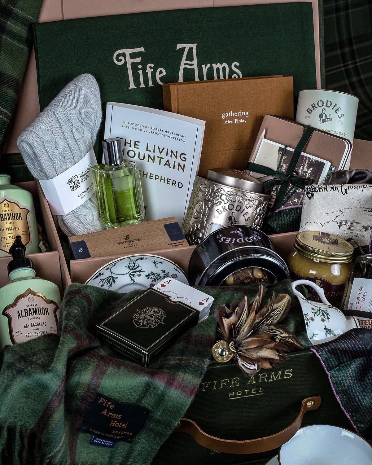 The Victoriana Scottish Gift Hamper