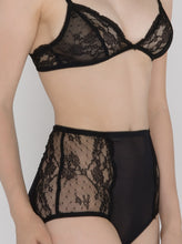 Load image into Gallery viewer, Surie Anna Italian Lace Bra - DEBORAH MARQUIT