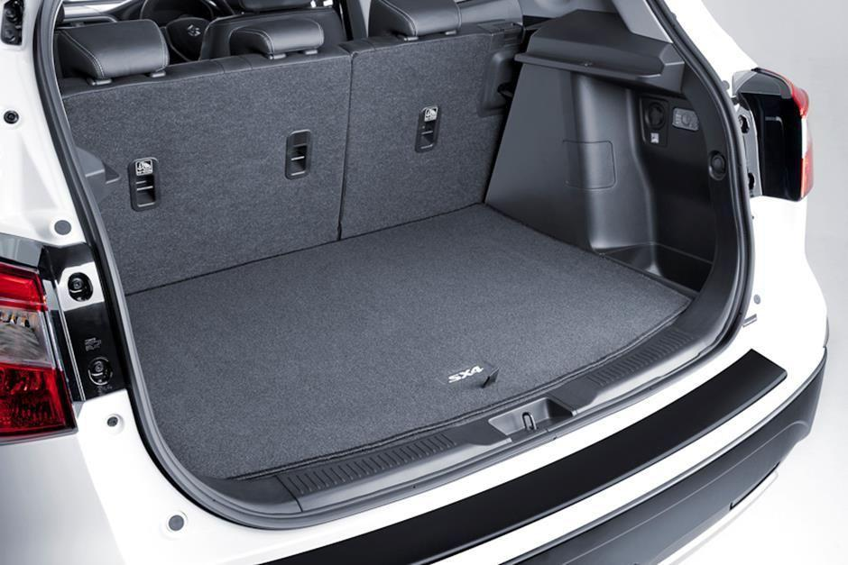 Suzuki SX4 S-Cross Boot Carpet Mat