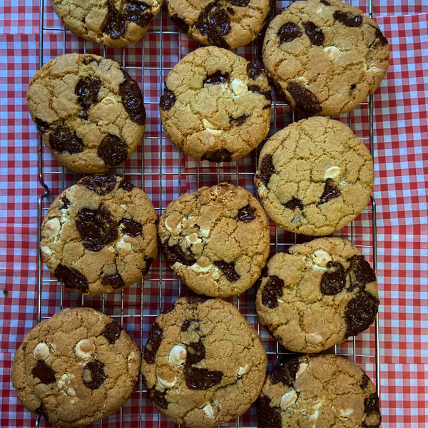 Classic Chocolate Chip Cookie Baking Kit