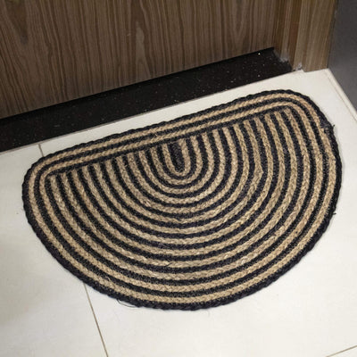 Made Terra Door mat Black + natural Semi Circle Woven Indoor Doormat Natural Seagrass Non Slip Resist Dirt Half Round Entrance Rug Entry Way Welcome Doormat Floor Mat Rug For Patio Front Door 40 x 60 cm