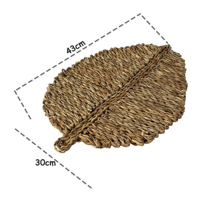 Made Terra Placemats Set of 4 Leaf Shaped Fabric Placemats for Dining Table, Natural Braided Rug, Handmade, Marine Straw, Wicker, Heat Resistant, Thermal Insulation, Non-slip