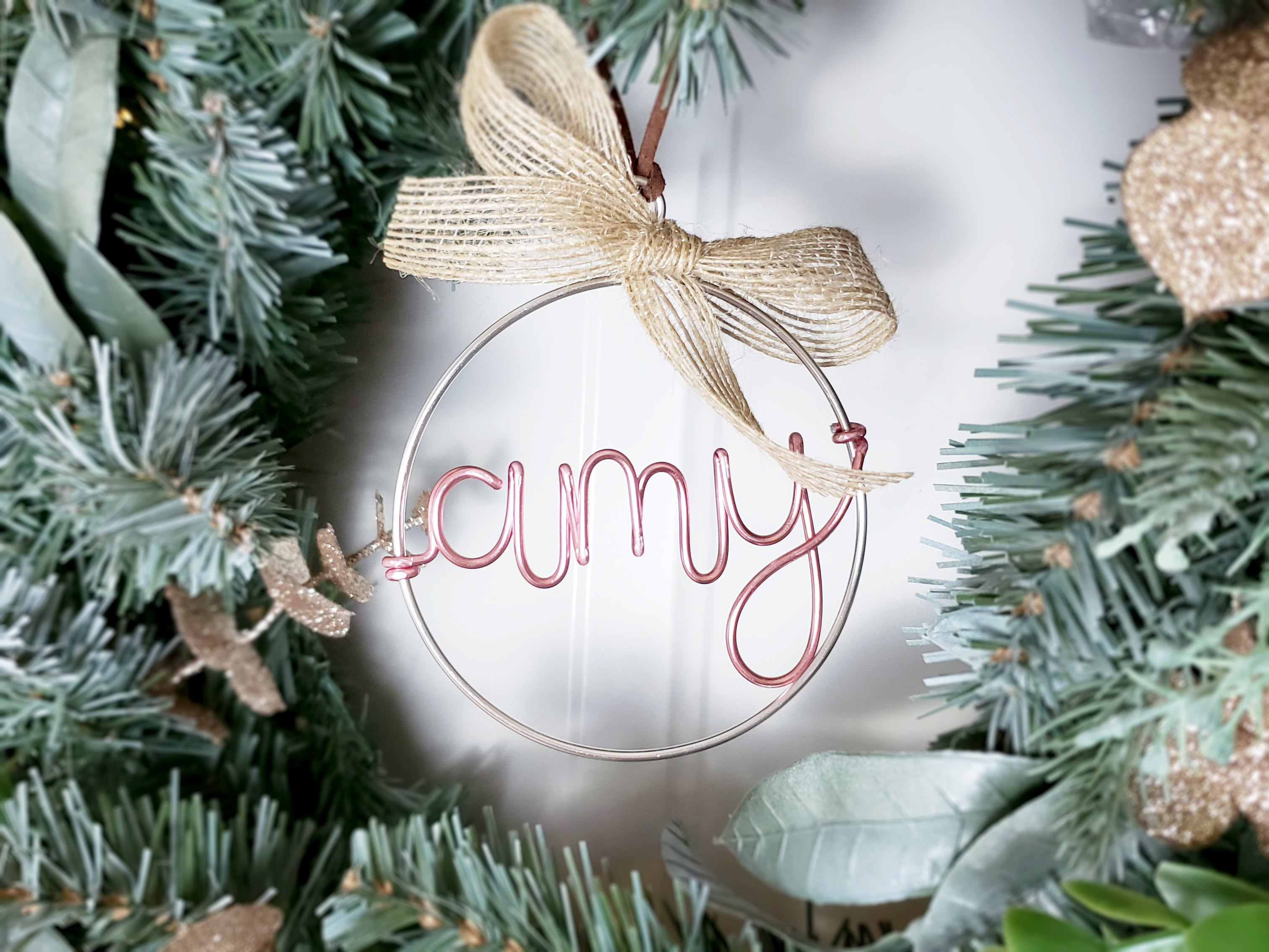 Wire Ornament with Name, Jute Ribbon and Suede Cord