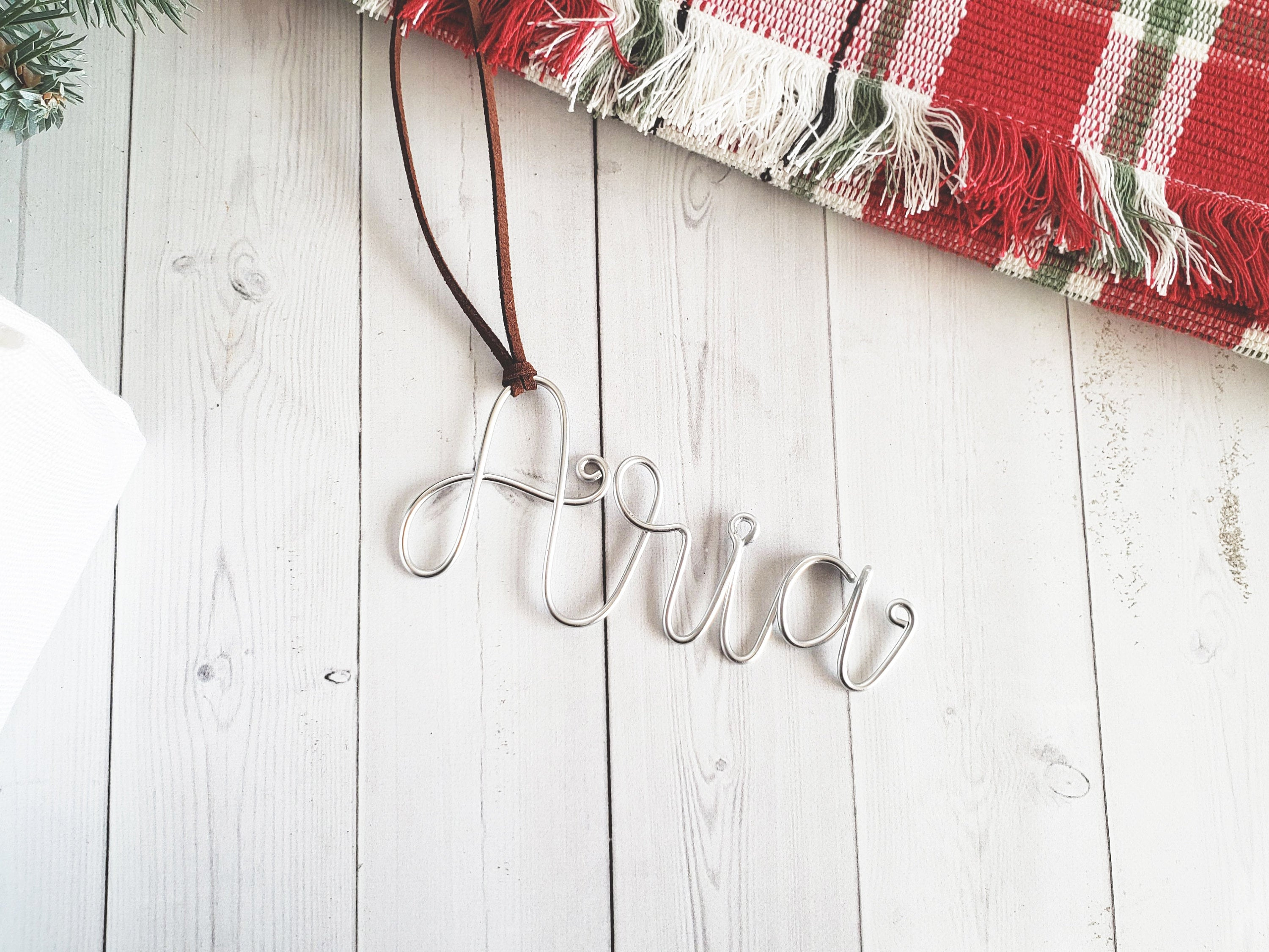 Custom Wire Name Gift Tag (Aria)