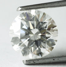 Load image into Gallery viewer, 2.15 CT Loose 100%  Natural Diamond F VVS2 Round Brilliant Cut GIA Certified