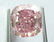 Load image into Gallery viewer, 5.09 CT Loose Natural Diamond  Fancy Intense Pink natural VS2 Cushion Brilliant Cut GIA Certified