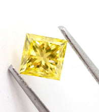 Load image into Gallery viewer, 1.01 CT Loose Natural Diamond Fancy vivid Yellow Princess Cut Certified