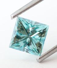 Load image into Gallery viewer, 1.08 CT Loose Natural Diamond Fancy vivid Blue VVS2 Princess Cut Certified Rectangular
