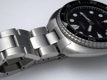 Load image into Gallery viewer, Super Oyster for 6309 and SRP77x with Solid End Links- FACTORY DEFECT