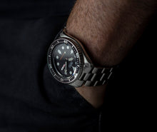 Load image into Gallery viewer, SKX007 Super Oyster with Solid End-Links - FACTORY DEFECT