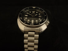 Load image into Gallery viewer, President Bracelet for 6105 Diver
