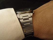 "Load image into Gallery viewer, Tapered H-link Bracelet for 6139 ""Pepsi"" Chronograph"
