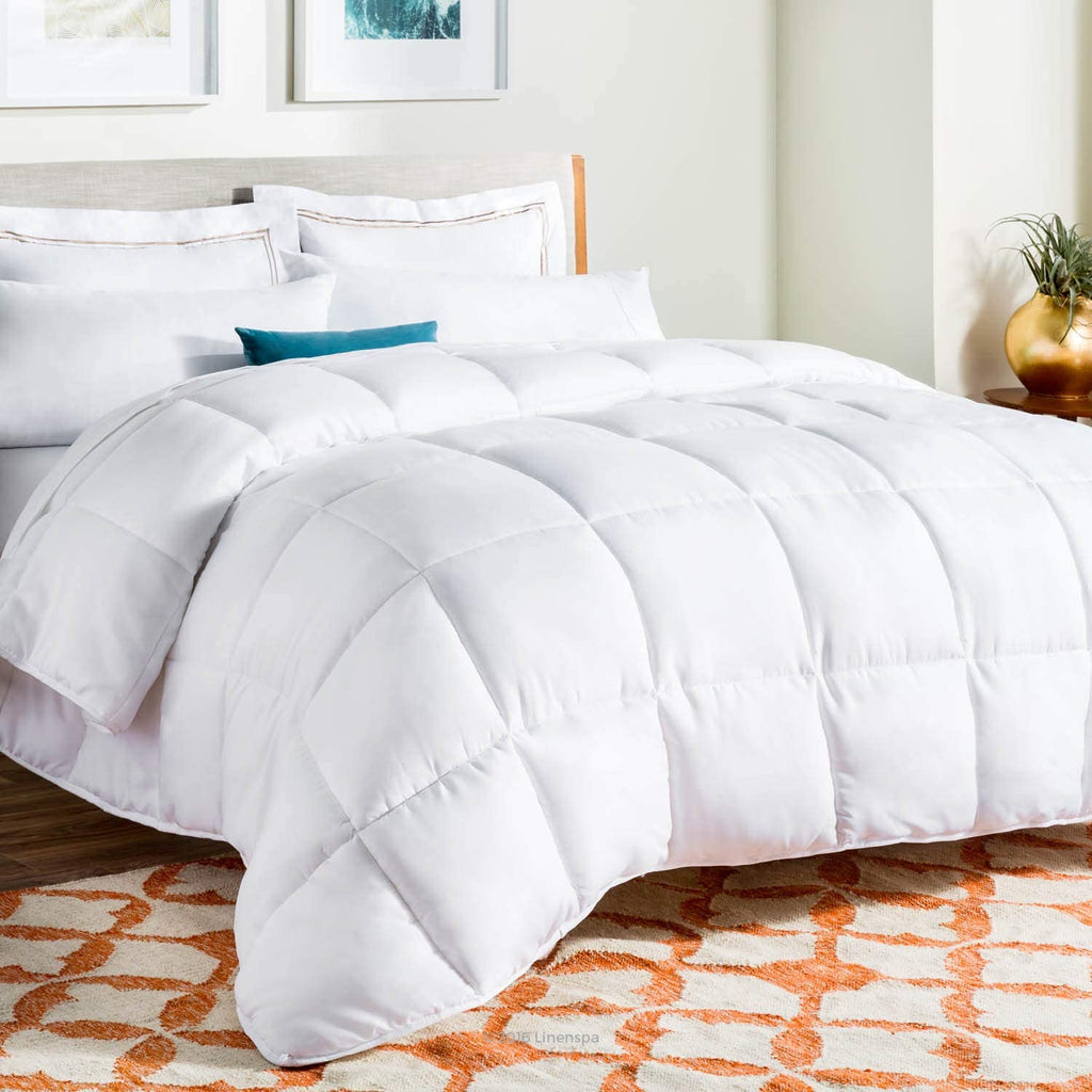 Reversible White Down Alternative Quilted Comforter, All-Season Hypoallergenic Microfiber