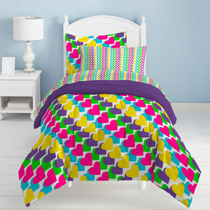 Dream Factory Kids Rainbow Hearts 7-piece Bed in a Bag with Sheet Set
