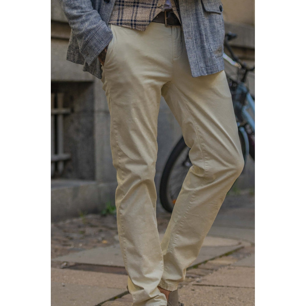 Load image into Gallery viewer, Pio Cotton Stretch Chino - SND Sand