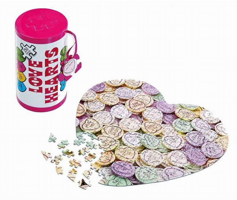 GIBSONS LOVE HEARTS TIN 250PC