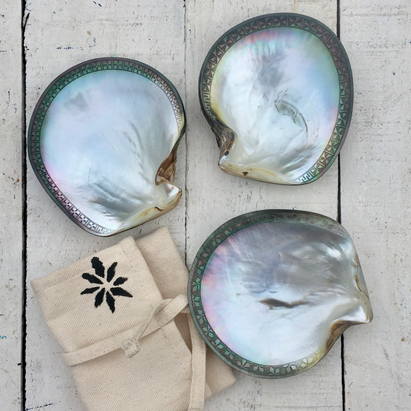 Hand-carved Shell Dish Keepsake