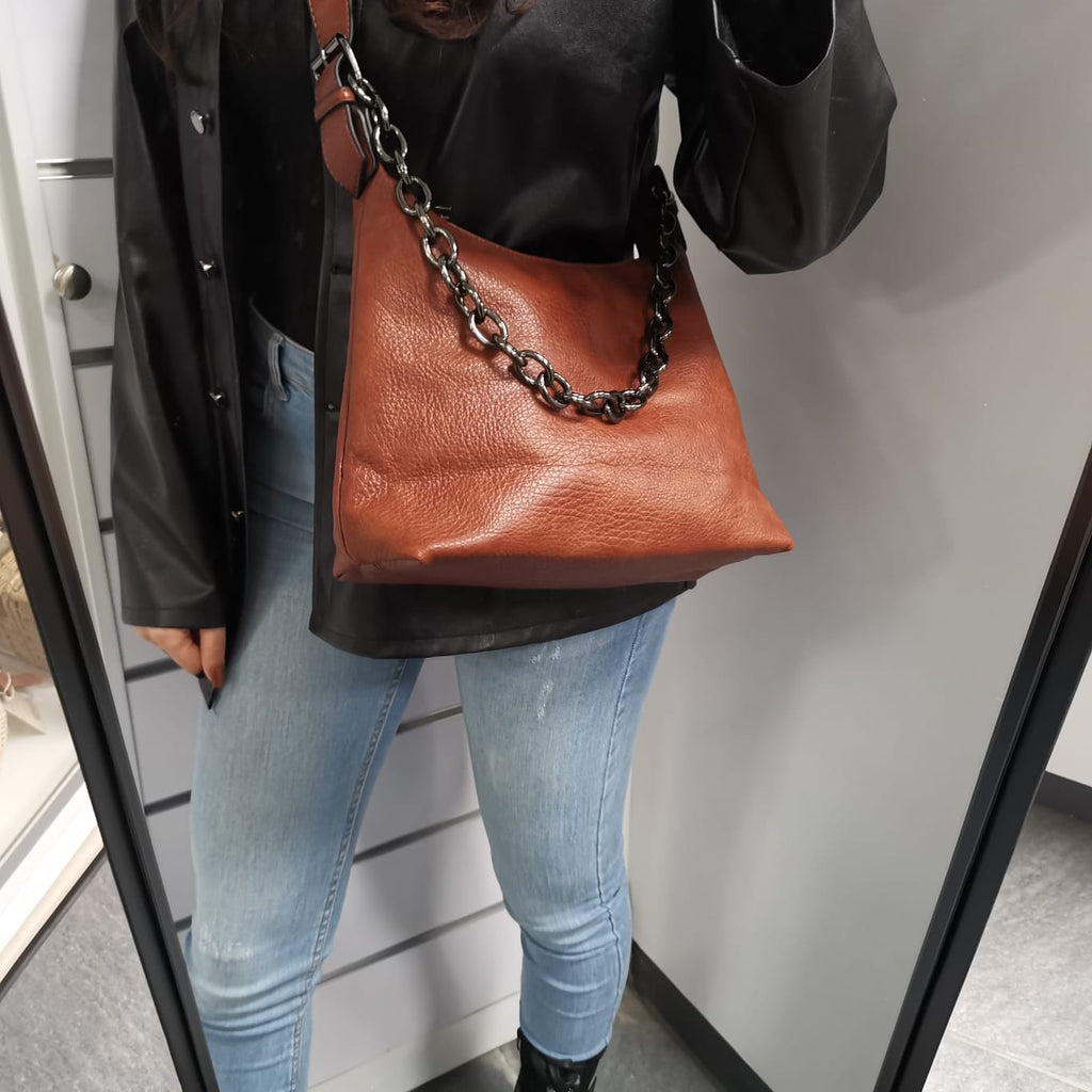 Bella Bag in Brown