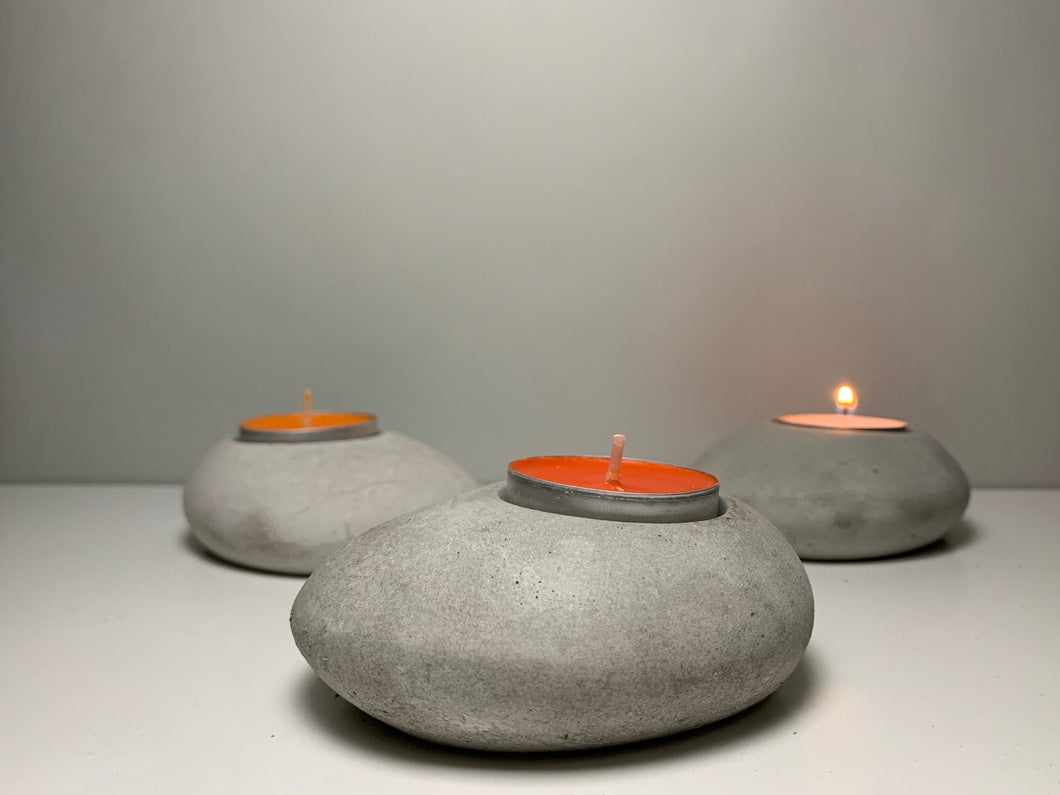 A Pair of - PEBBLE STONE HOLDER - Tea Light Holder - Concrete Candle- Tea Table Decor - Stone Candle Holder - Airplant holder - Home Decor - betonven
