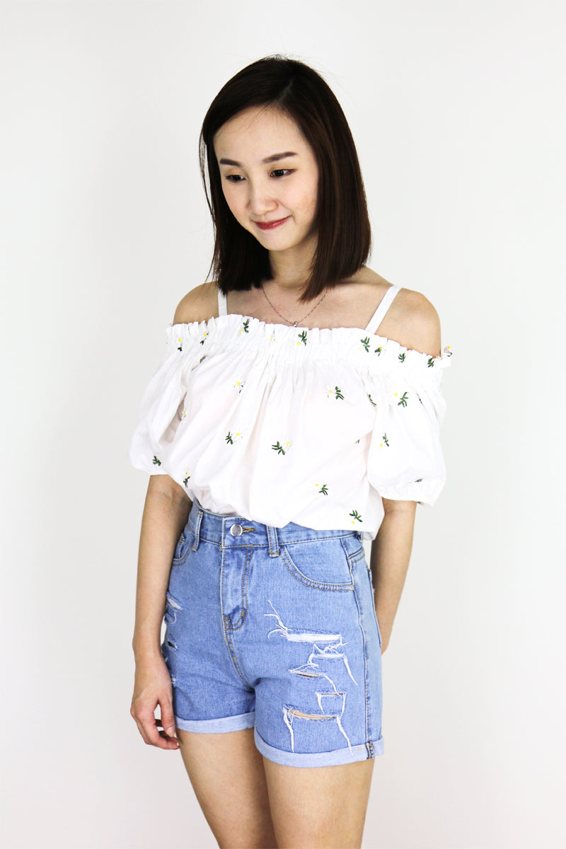 Sunniva Embroidery Off Shoulder Top