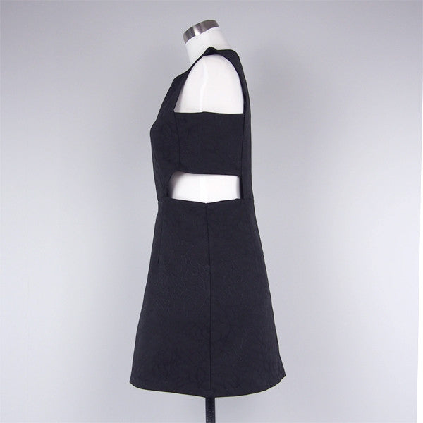 Oda Cut-Out Dress