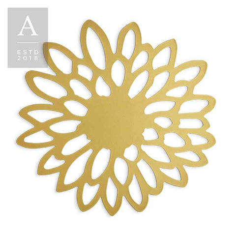 DIE-CUT ZINNIA GOLD CHARGER MAT