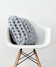 Load image into Gallery viewer, Braid Knotted Pillow