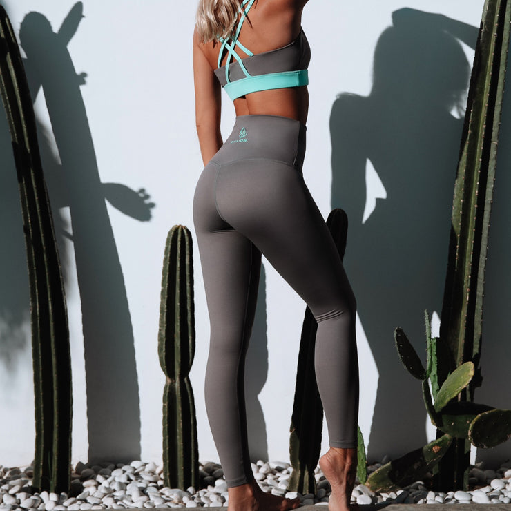 Irreplaceable Sculpting Tights Grey
