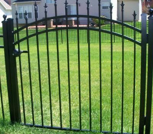5' Aluminum Ornamental Single Swing Gate - Spear Top Series H - Over Arch