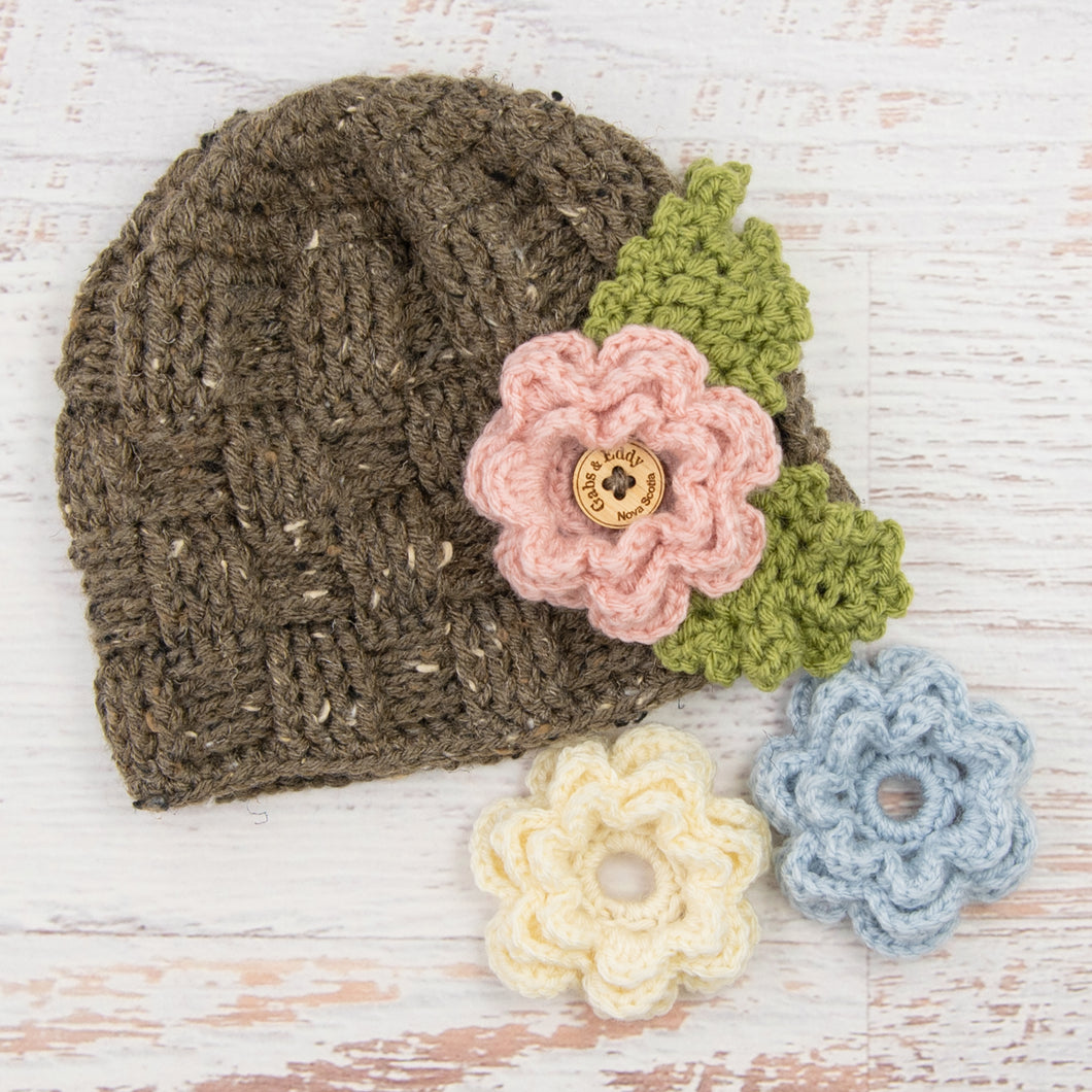 In-Stock 3-10 Year Waffle Beanie in Barley with 3 Interchangeable Flowers