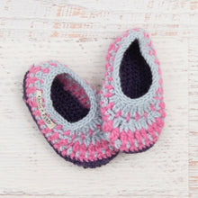 Load image into Gallery viewer, Children's Size 8/9 Slippers in Silver Blue, Pink Poodle and Purple