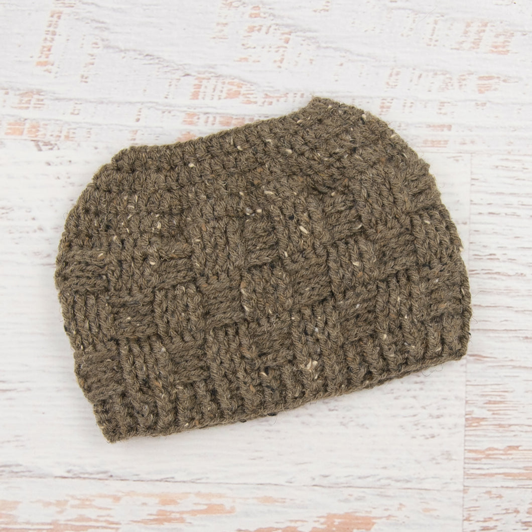 In-Stock The 'Everyday' Messy Bun Hat in Barley