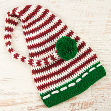 Load image into Gallery viewer, In-Stock 3-10 Year Christmas Stocking Hat (Non Vanna's Yarn)