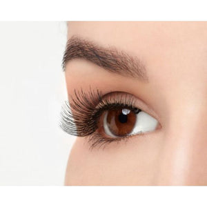 Ardell Natural Lashes 117, eye open, side view