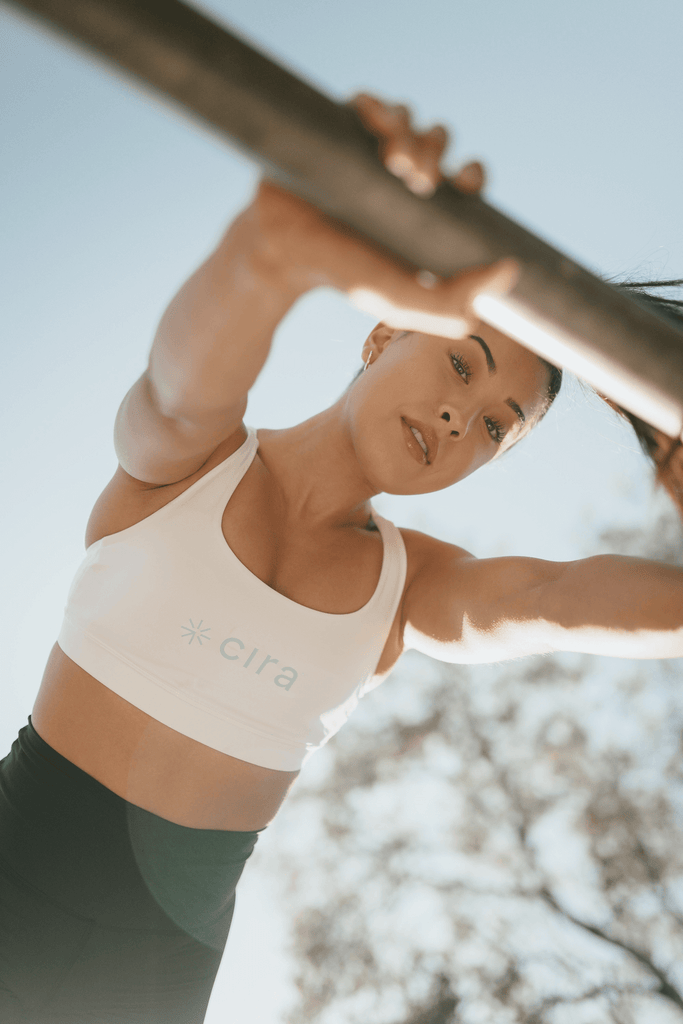 Metabolic workout for women: woman working-out outdoors