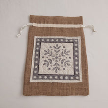 Load image into Gallery viewer, Quilted Scandi Panel Hessian Gift Sack - Pull Ties