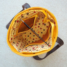 Load image into Gallery viewer, Urban Tote - Yellow Crocodile and Multicolour Dots