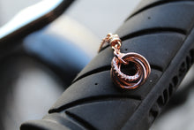 Load image into Gallery viewer, Rose Gold Pendant with Interlocking Circle Design