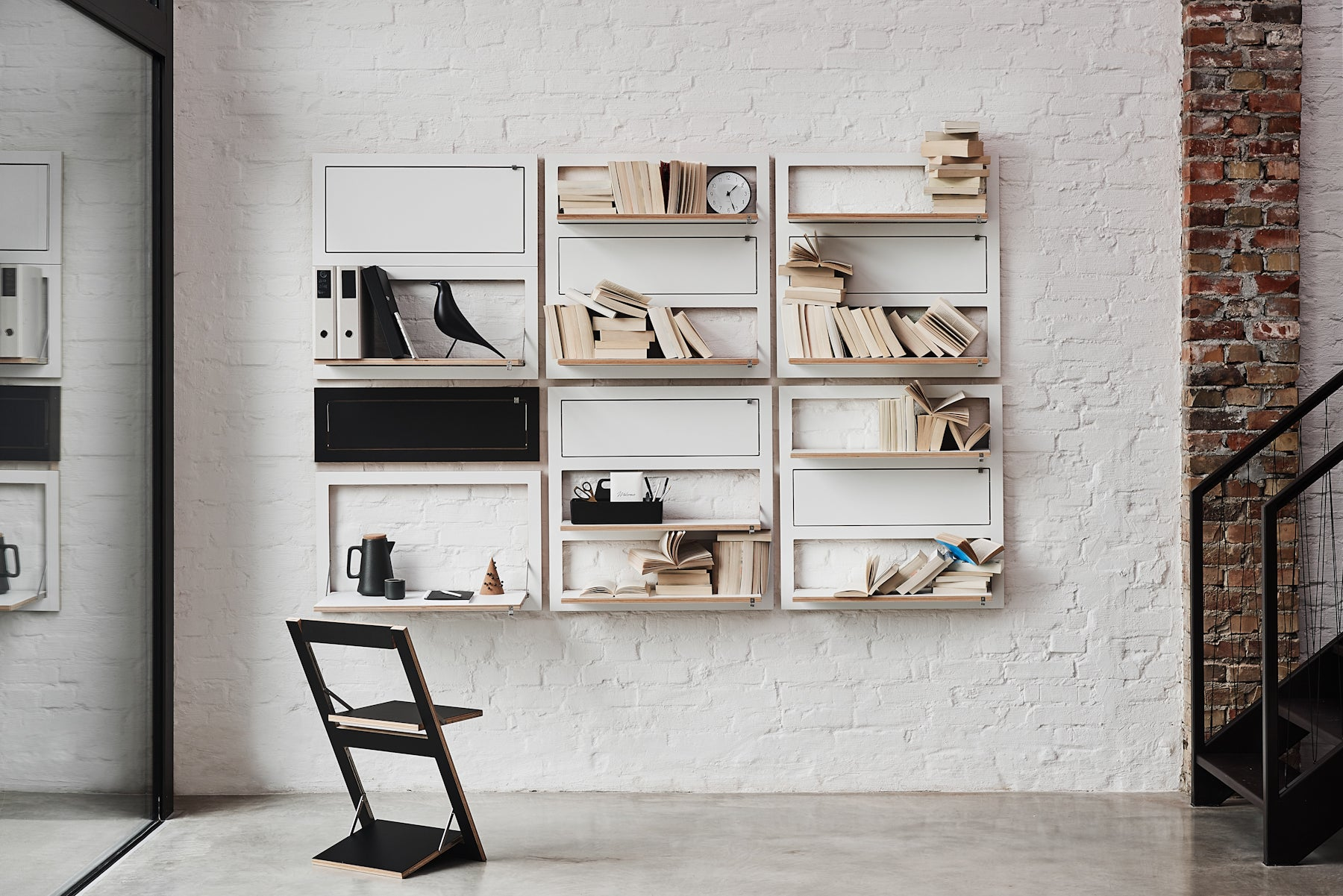 Flexible design table wall and chair from Ambivalenz