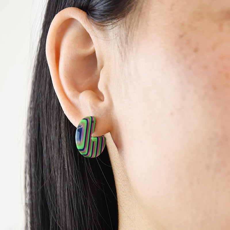 Half hoop small earrings - Green stripe