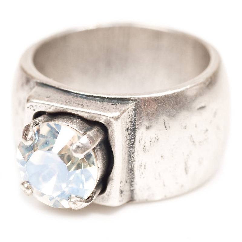 ring with single crystal