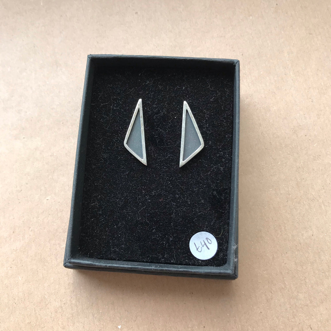 Silver triangle ear creepers