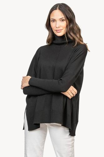 Oversized Turtleneck Sweater in Black by LillaP
