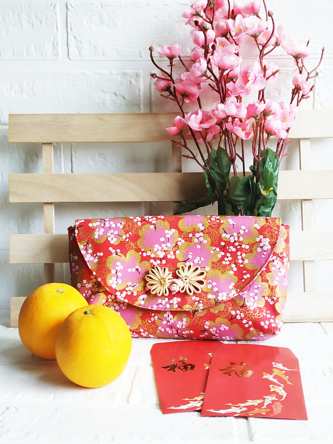 Red small Sakura Japanese Magnetic Clutch Bag