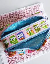 Load image into Gallery viewer, Owls double zippers waterproof travel pouch purse