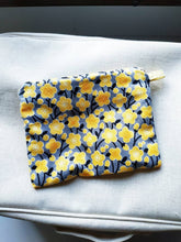 Load image into Gallery viewer, Floral double zipper pouch