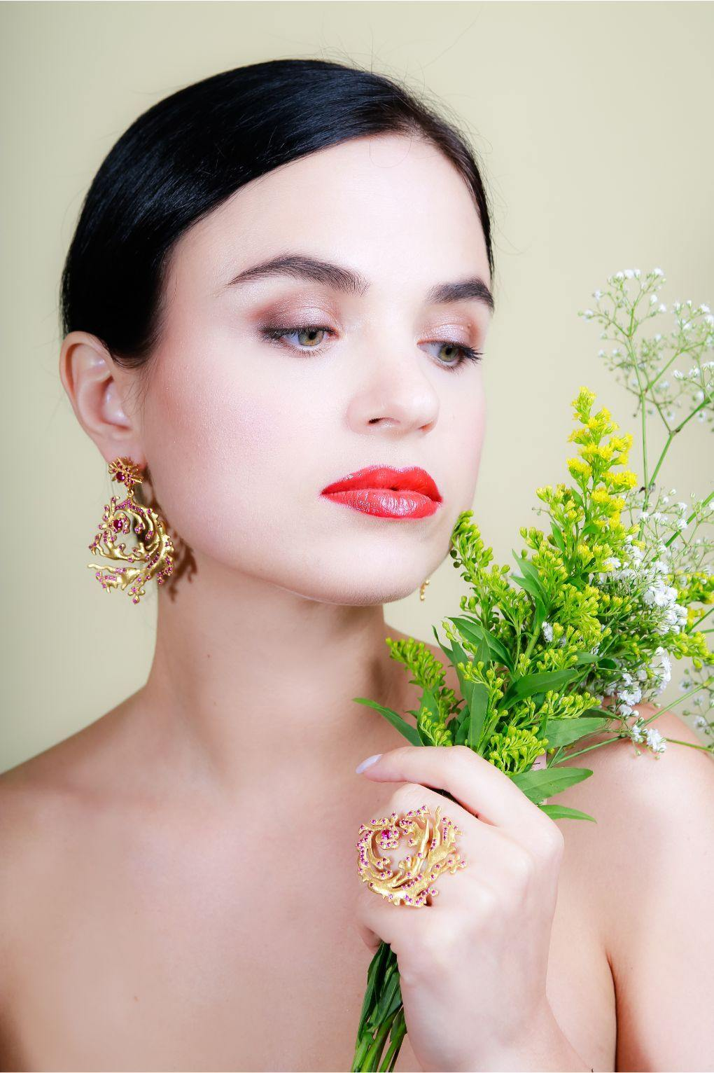 BOTANICA BIJOUX GOLD EAR RING